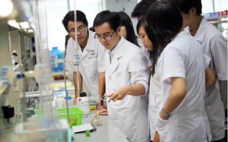 Tuyển sinh cao đẳng Dược Hà Nội 2018