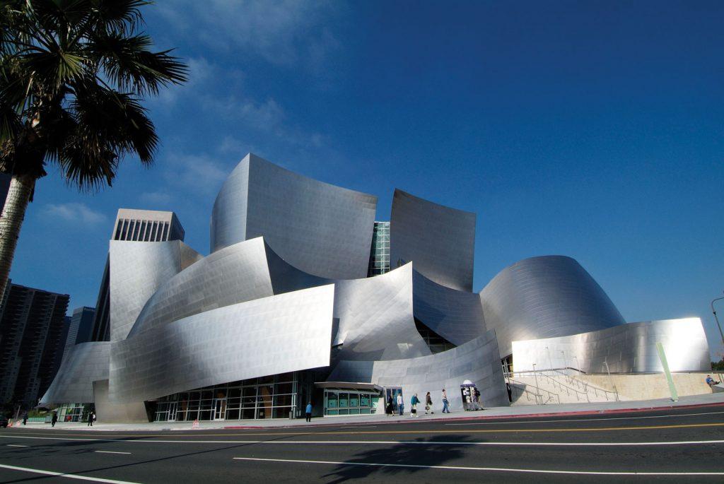 Công trình The Walt Disney Concert Hall do Frank Gehry thiết kế